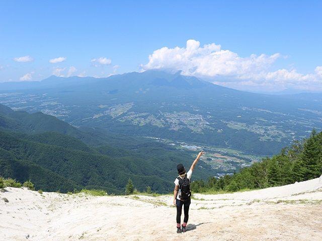 標高1,000mからの四季折々の景色は絶景★人気なお部屋は2ヶ月先まで予約がいっぱいとか♪