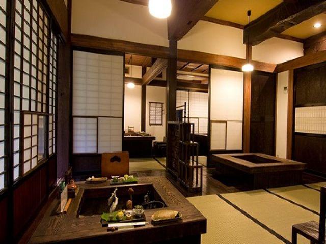 江戸時代の民家を移築して建てられた宿なので昔ながらの日本の風景を体感する事が出来ます