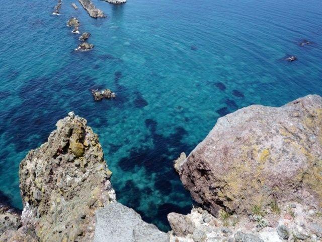 『積丹ブルー』と呼ばれるほど、海の透明度は抜群です。