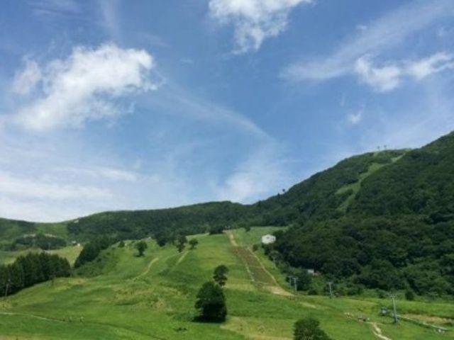 鉢伏山の中腹に広がるリゾート・ハチ高原は、西日本有数のアウトドアエリアです!