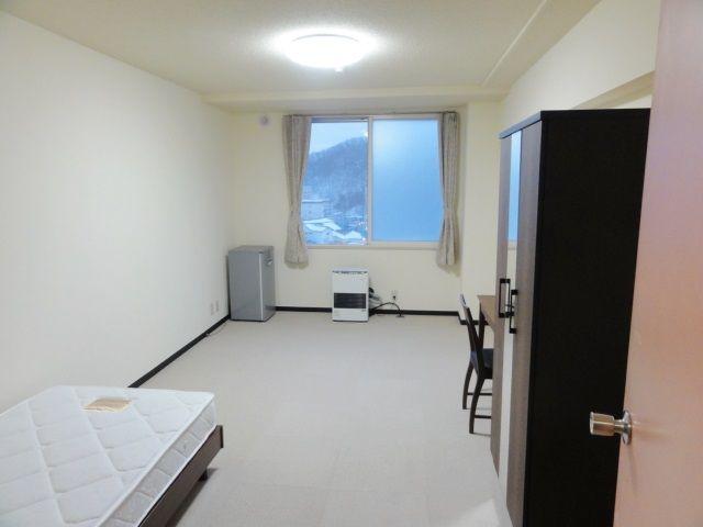 単身寮の内覧になります。 ※寮は9棟あり、空室状況と内覧で入居先が確定します